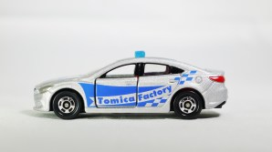 Tomica Assembly Factory Series 10 Mazda 6 Atenza Safety Car SLR w BLE Decals & RED Inter - 01