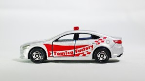 Tomica Assembly Factory Series 10 Mazda 6 Atenza Safety Car SLR w RED Decals & BLE Inter - 01