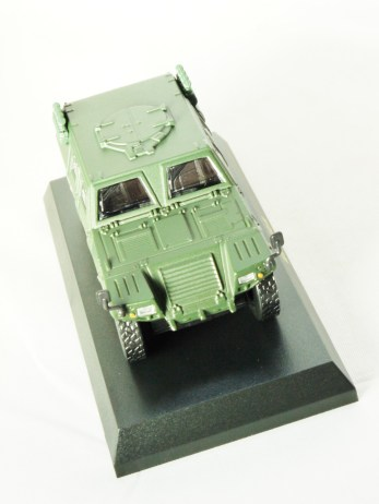 1-64 Kyosho MILITARY VEHICLE Minicar Collection - LIGHT ARMOURED VEHICLE LAV Green - 3