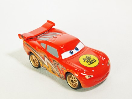 Tomica Disney Pixar Cars C-34 Lightning McQueen (TOON Tokyo Ver) - 03