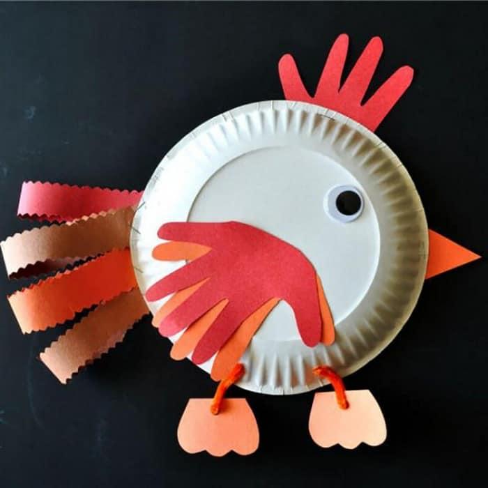 易于使用儿童的手工艺品 - 纸板的雄鸡