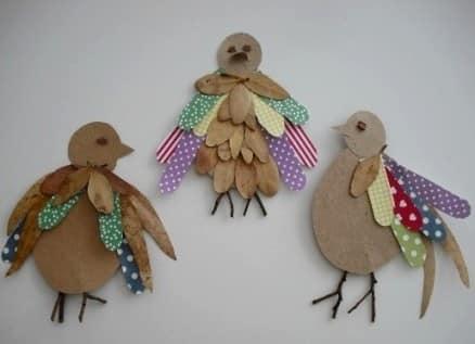 我们与孩子们做出:叶子,纸板和洛斯库斯