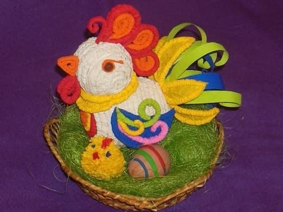 Rooster berwarna-warni dari tiub bergelombang