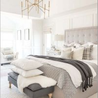 16 Fabulous White Master Bedroom Ideas That Match For Any Home Design 24