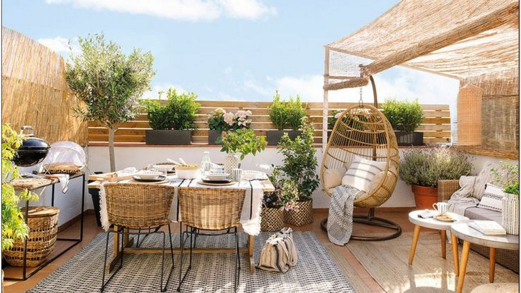 18 Variety of Small DIY Outdoor Patio Furniture Design Ideas