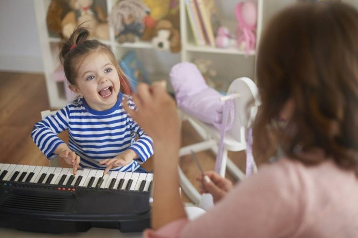 The benefits of songs and nursery rhymes for babies