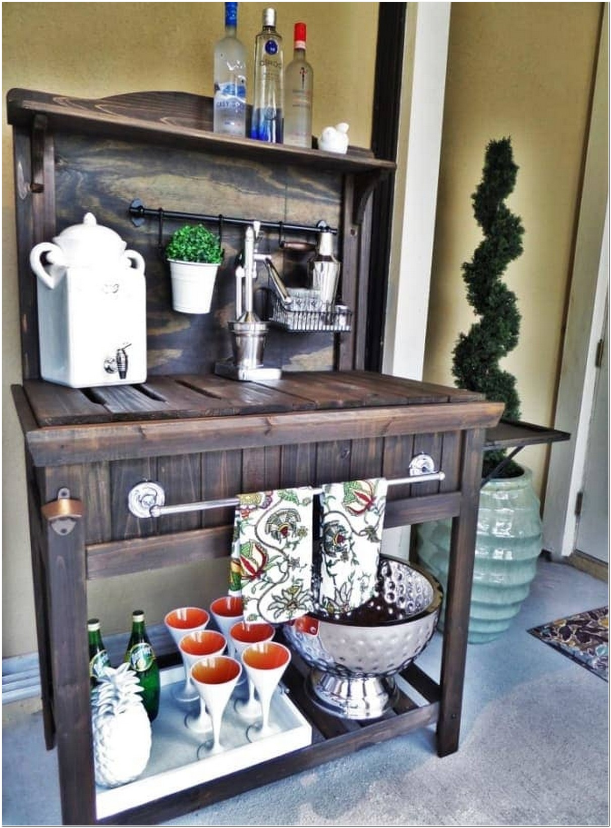 Outdoor Bar Cart Which Is Best For Your Ultimate Porch Or Patio 2