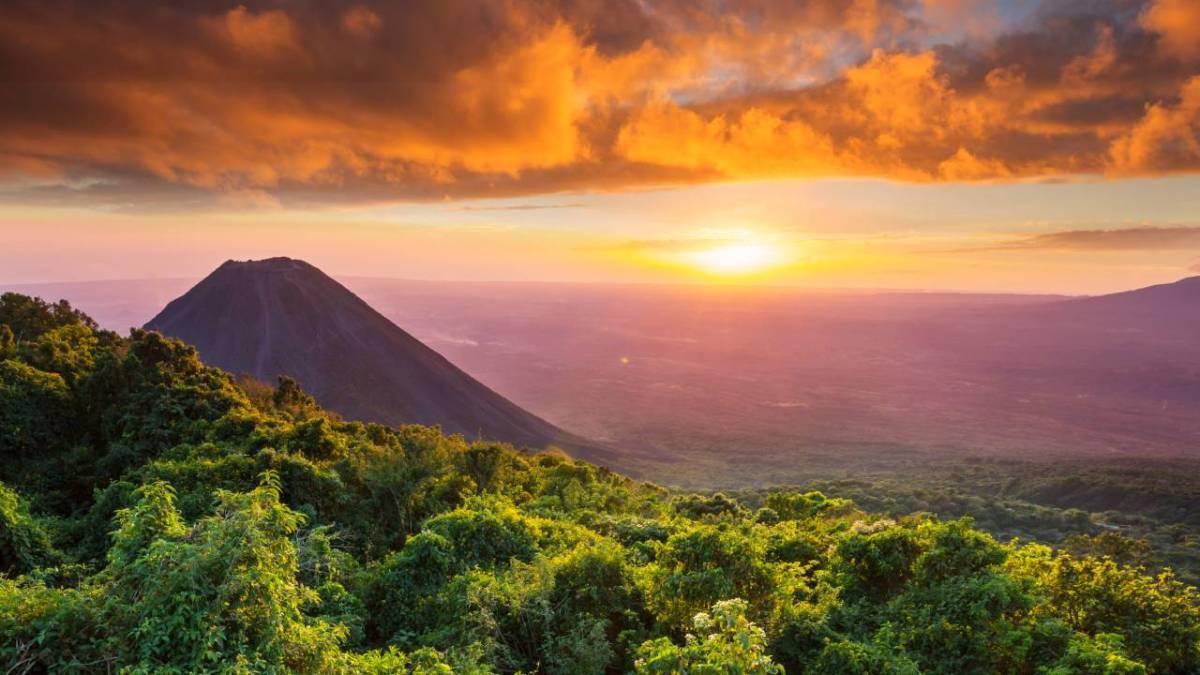 Sun setting over volcano in Cerro Verde National Park, El Salvador