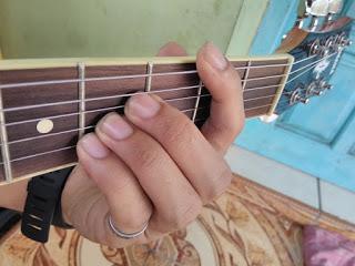 chord B gantung