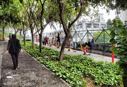 dscf3790 fhdr - Macau Trip : Senado Square, Ruin of St. Paul, Grand Lisboa Casino