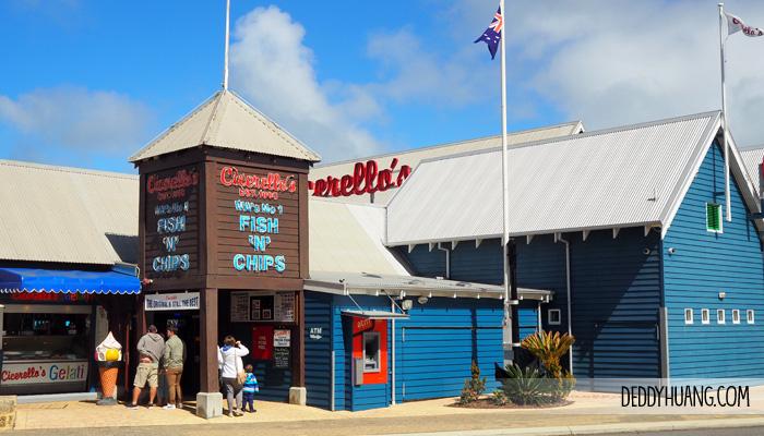 cicerellos fremantle fish and chips - 9 Tempat Traveling Seru Musim Panas Sambil Kuliner Enak di Perth
