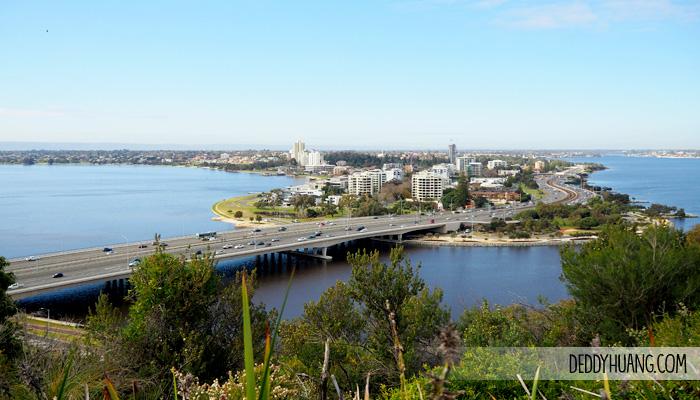 kings park botanical garden - Traveling ke Perth, Enak Pakai Mobil atau Transportasi Umum?