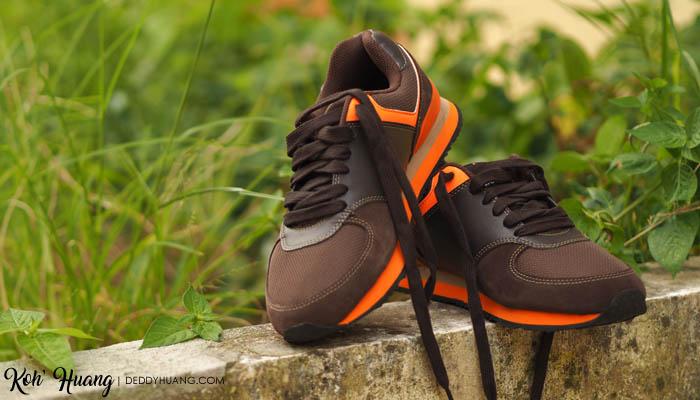 sepatu-baru-imlek