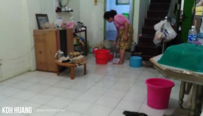 kuras air banjir - Akhirnya Icip 'Staycation' di Hotel Bareng Keluarga