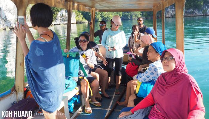 tour raja ampat - Teluk Kabui, Sisi Lain Keindahan Raja Ampat