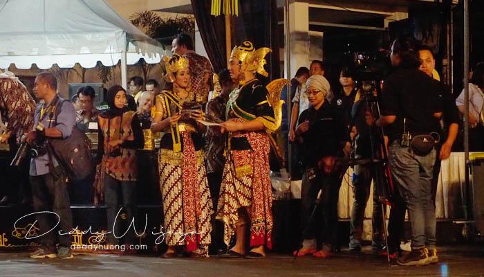 master ceremony - Wayang Jogja Night Carnival 2017, Malam Puncak HUT 261 Yogyakarta