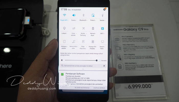 menu bar samsung - Gaya Hidup Aktif Bersama Samsung Galaxy C9 Pro