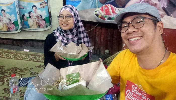 angkringan jogja malam - Antara Solo dan Yogjakarta Kita Jatuh Cinta #JadiBisa