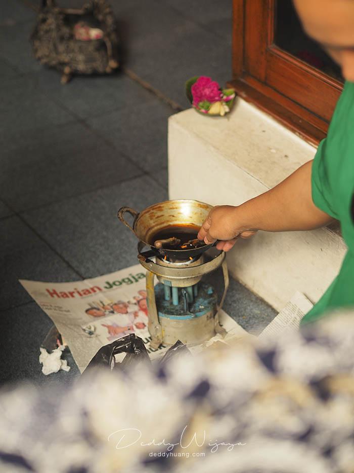canting lilin batik - Antara Solo dan Yogjakarta Kita Jatuh Cinta #JadiBisa
