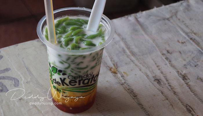 es cendol - 10 Kuliner Bogor yang Bisa Kamu Icip Dalam Sehari