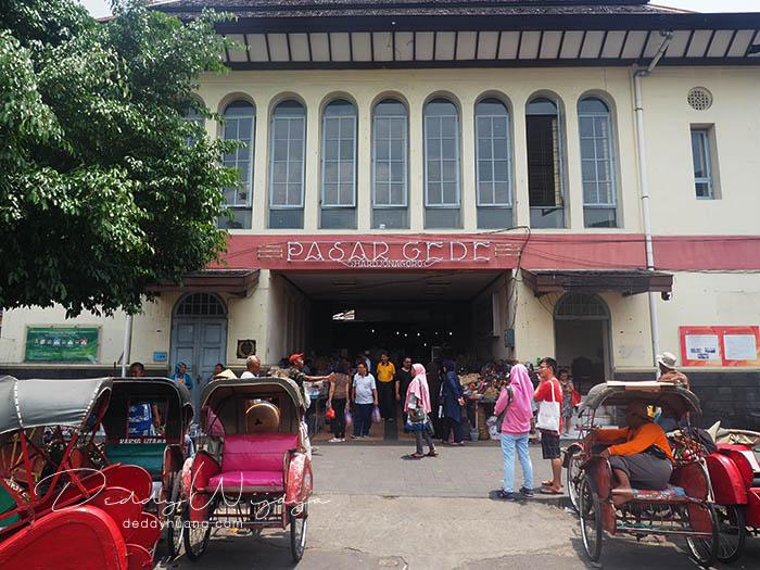 pasar gede solo - Antara Solo dan Yogjakarta Kita Jatuh Cinta #JadiBisa