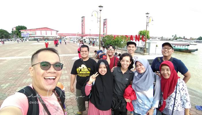 wefie grup - Pasar Baba Boentjit, Warna Baru Wisata Kota Palembang