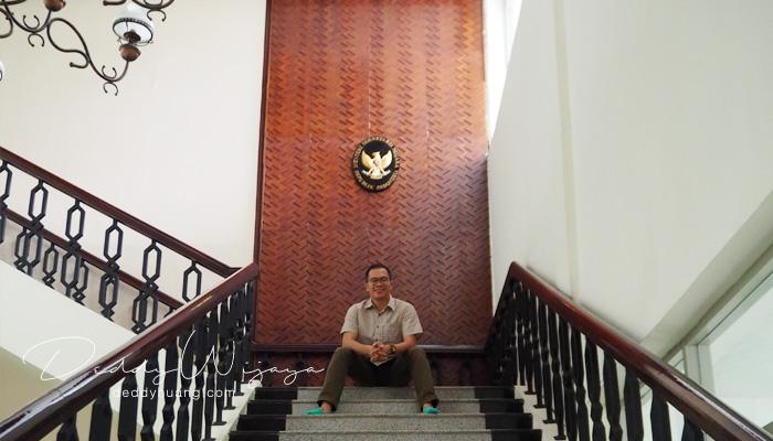 tangga istana - Sudut Istana : Harapanku Sebagai Blogger (Bagian 2)