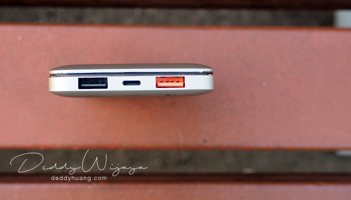 acmic tampak atas - [REVIEW] ACMIC A10Pro 10000 mAh Quick Charge 3.0