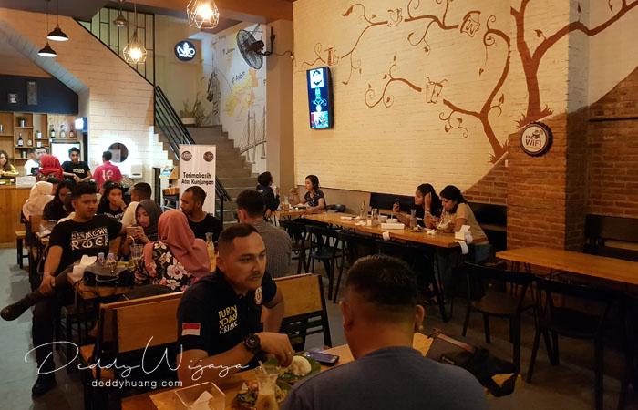 hotel santika premiere ambon 14 - Solo Traveling Modal 150 Ribu Bisa Puas Keliling Kota Ambon