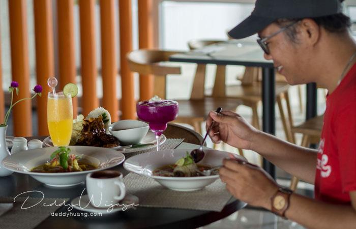 hotel santika premiere ambon 25 - Solo Traveling Modal 150 Ribu Bisa Puas Keliling Kota Ambon
