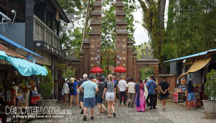 tirtagangga 05 - Karangasem, The Spirit of Bali