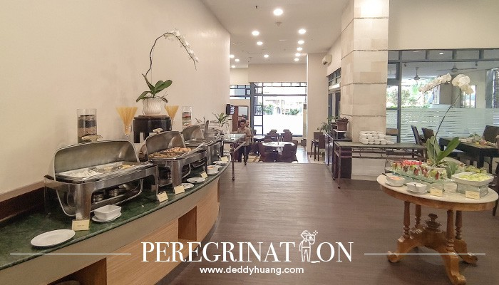 restoran Grand Tropic Suites Jakarta