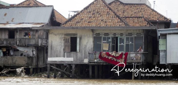 rumah sungai