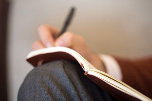 Ejemplos de dedicatorias cortas para tesis