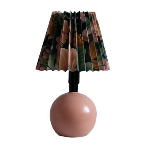Zalmroze tafellamp vintage bloemenkap