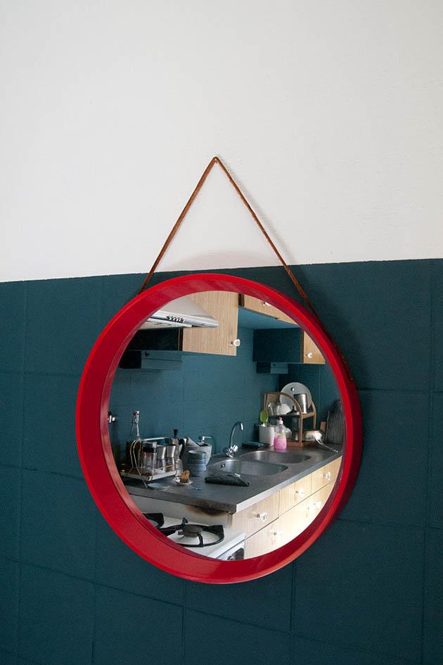 rode ronde retro spiegel