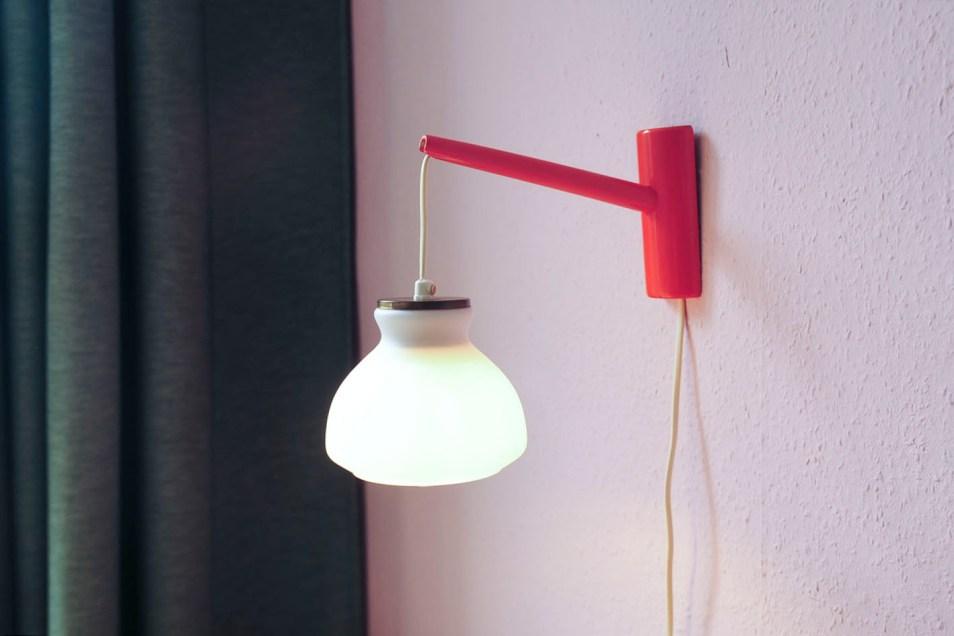 vintage wandlamp melkglas