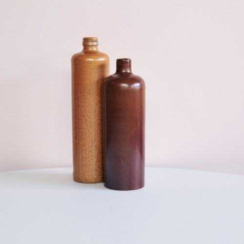 okergele & bruine keramieken fles