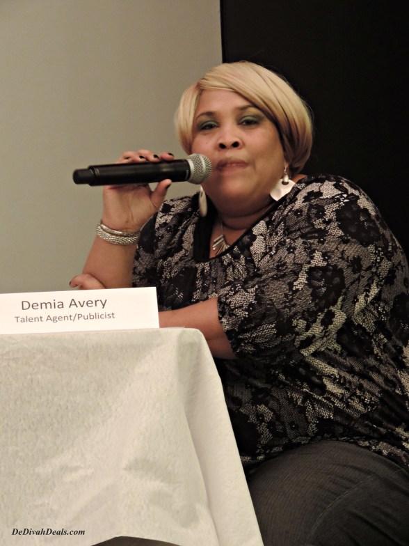 Demia Avery, MC