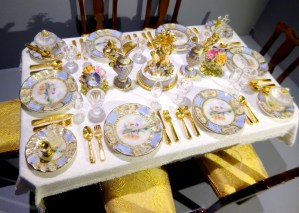 NEW COULSON CHINA DESIGN DINING ROOM