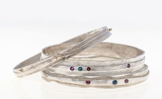 Dee Ayles Jewellery Banges