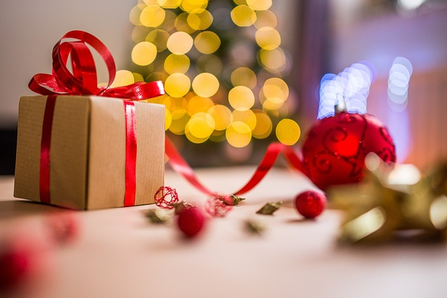 Places to Buy Christmas Gifts For Your Lover | DeeDee\'s Blog