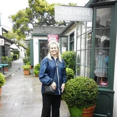 Dana in front of Loes Hinse shop
