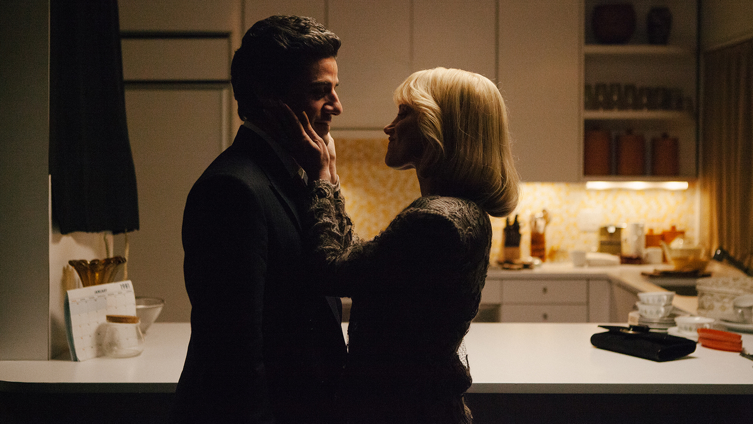 Oscar Isaac and Jessica Chastain in A Most Violent Year