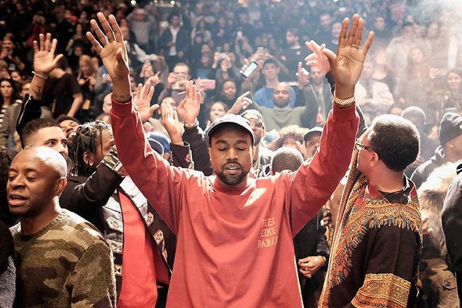 Kanye West Worships Jesus