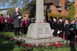 Lightwater Remembrance 2014 - 35