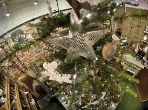 Inside Chobham Late - Christmas 2015 14