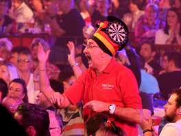 Lakeside BDO Darts 2 Jan 2016 - Alan Meeks 3