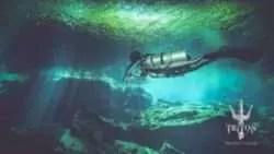 sidemount diving in cenote Kukulkan