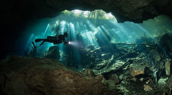 cenote cave diving